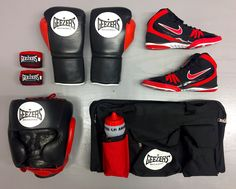 ⚫️ ELITE PRO ⚫️  Check out this Geezers Elite Pro Sparring and Training set, featuring Nike's Freek boots. Follow the link below:  LINK >> http://www.geezersboxing.co.uk/geezers-2016-range/elite-pro-range #GeezersBoxing #Sparring #Training #Gym #Equipment #Black #Red #Sports #Leather #Gloves #Nike #NIKE #Footwear #Shoes #Boxing #Wrestling