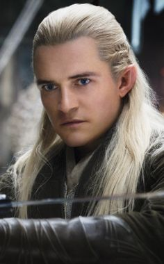 I'm in the house on New Year's Day 2014 watching lord of the rings and realized that though Orlando Bloom is quite a little biscuit; his long blonde haired, stealthy, quick spear firing character really gets me excited. #fablife