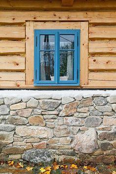 Vernacular Architecture, Natural Living, Traditional House, Home And Garden, Farmhouse, Windows, The Originals, Outdoor Decor, Inspiration