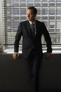 The Good Wife - Josh Charles as Will Gardner... there is something about him....