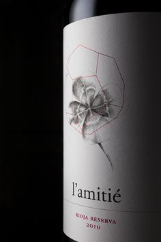 Wine, like friendship, can bring good luck Wine Design, Label Design, Package Design, Just Wine, Beverage Packaging, Packaging Ideas, Spanish Wine, Wine Bottle Labels, Creativity And Innovation