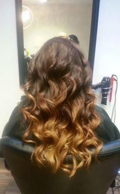 Brunette Waves, Balayage Brunette, My Hair Upstyles, Waves Curls, Brunettes