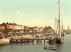 Old Photos of Southend on Sea in the County of Essex in England, United Kingdom of Great Britain Essex England, Leigh On Sea, History Of England, Kingdom Of Great Britain, London Places, Old Postcards, Back In The Day, Old Photos, Seaside