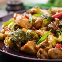 These Greek chicken meal prep bowl recipes are going to be delicious and simple to make. Keto Stir Fry, Veggie Stir Fry, Stir Fry Recipes, Healthy Recipes, Chicken Flavors, Chicken Recipes, Chicken Meal Prep, Keto Chicken, Greek Chicken