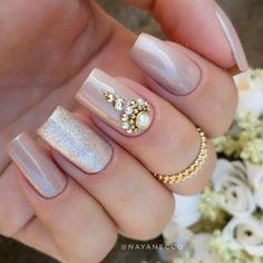 Great Inspiration Nail Art With Glitters To Look More Elegant Nail 02 Fabulous Nails, Perfect Nails, Gorgeous Nails, Love Nails, Pretty Nails, My Nails, Bridal Nails, Wedding Nails, Gel Uv Nails