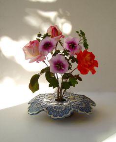 draped doily vase . handmade pottery ikebana par KensGardenPottery, $30.00