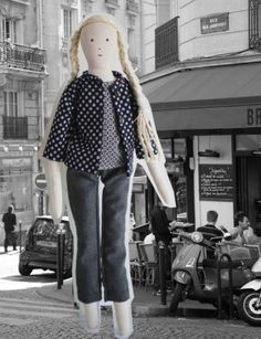 The parisian linen rag doll Bertille with her amazing outfits ! lestoilesblanches.com