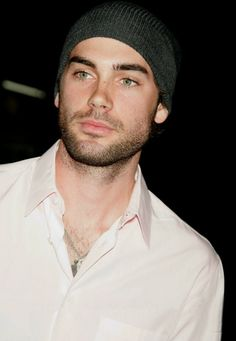 well hello there stud muffin - Drew Fuller