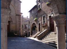 Viterbo,quartier San Pellegrino..