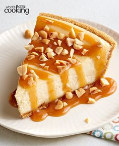 Your friends and family will absolutely fall for this Caramel Apple Crisp Cheesecake. And you'll love that you can make in 3 easy steps. Tap or click photo for this Apple Crisp Cheesecake, Cheesecake Recipes, Pie Recipes, Caramel Apple Crisp, Caramel Apples, Healthy Desserts, Healthy Food, Healthy Recipes, What To Cook
