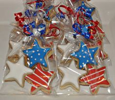 of July Cookie Favors - All Holidays & Celebrations - # Patriotic Desserts, 4th Of July Desserts, Fourth Of July Food, 4th Of July Celebration, 4th Of July Party, July 4th, Patriotic Crafts, Patriotic Sugar Cookies, Patriotic Party
