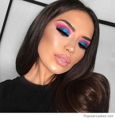 Pink eye makeup is going to be a big beauty trend for summer. So take a look at some of the best pink eye makeup looks, there is sure to be a look for you. Pink Eye Makeup Looks, Pretty Eye Makeup, Colorful Eye Makeup, Pink Makeup, Eyeshadow Looks, Pretty Eyes, Gorgeous Makeup, Makeup Eyeshadow, Awesome Makeup