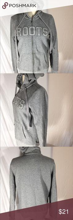 Women's Roots Canada hoodie Sz S Excellent condition roots Tops Sweatshirts & Hoodies