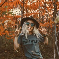 Fall Inspiration | Pumpkin Spice Latte | Ray Bans | Fall Festivities | Fall Adventures | Graphic Tees | Felt Hats | Made Wild | Dark Nails | Leaves