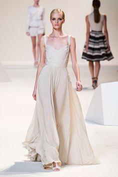 Elie Saab   Spring 2013   Paris Fashion Week