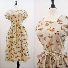 50s 60s Dress Vintage Wrap Swirl House Dress by voguevintage Vestito A  Portafoglio 5195646892e2