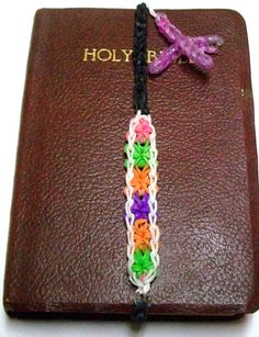 Rainbow Loom Bookmark / Bookmark / Personalized by SexyCraftsRUs, $7.00