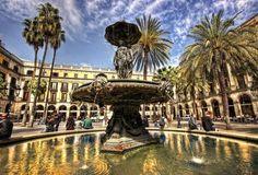 #Барселона (#Barcelona) — это не только архитектура Гауди. Это еще и старый порт, музей Пикассо, красивейший Готический квартал, магический фонтан и невероятной красоты соборы. В общем, смотреть не пересмотреть.
