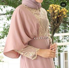 Hijab Dress Party, Hijab Style Dress, Hijab Gown, Hijab Outfit, Abaya Fashion, Muslim Fashion, Fashion Dresses, Maxi Dresses, Women's Fashion