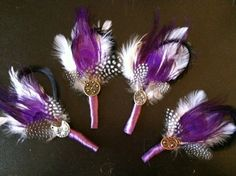 DIY Feather Boutonnieres, an alternative to flowers :  wedding ceremony diy Groomsmen Bouts