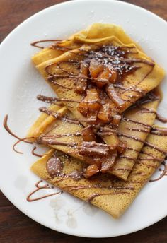 Pumpkin Crepes with Beer and Cinnamon Apples and a Chocolate Drizzle - Joanne Eats Well With Others Beer Recipes, Best Dessert Recipes, Pumpkin Recipes, Raclette Recipes, Fall Recipes, Apple Crepes, Savory Crepes, Pumpkin Beer, Cooking With Beer