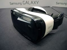 Samsung Gear VR hands-on - Refined design 1