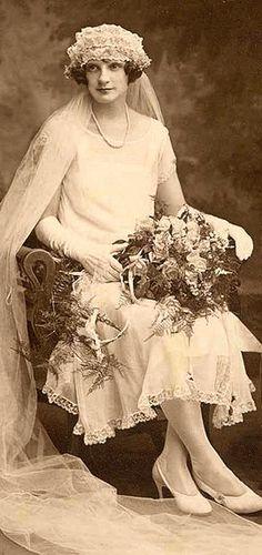 +~+~ Vintage Photograph ~+~+  Beautiful 1920's Bride