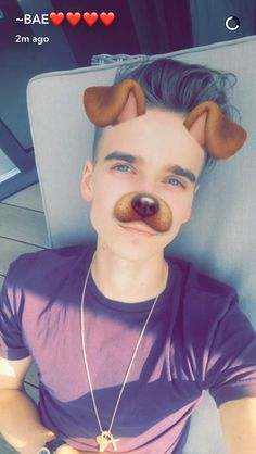 Most hottest YouTuber of all time ❤️❤️❤️ Joe Sugg Shirtless, Joseph Sugg, Buttercream Squad, Sugg Life, British Youtubers, Celebs, Celebrities, My Crush, Wedding Make Up