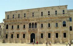 Palazzo del Seminario of Lecce. http://www.pugliaandculture.com/touristic-places-in-puglia/lecce-the-baroque-town