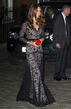 Kate carried this vibrant Alexander McQueen clutch to a gala dinner, while wearing a lace Temperly London dress.