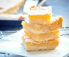 This Nici Wickes& lemon slice recipe is so deliciously chewy and using honey and fresh grated ginger in the topping gives it an amazing flavour. Perfect for winter days! No Bake Lemon Slice, Lemon Coconut Slice, Skewer Recipes, Wine Recipes, Baking Recipes, Baking Ideas, Easy Recipes, Apple Monkey Bread, Sour Cream Pancakes