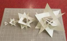 Art: How to create the Orderly Tangle of 4 triangles . combining art and math.Mathematical Art: How to create the Orderly Tangle of 4 triangles . combining art and math. Math Art, Fun Math, Math Activities, Maths, Geometry Activities, Steam Activities, Math Crafts, Math Projects, Steam Art