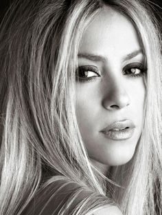 Shakira     .  #BlackandWhite  . #Shakira     . #celebrities