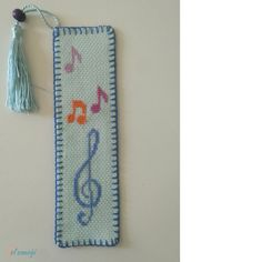 Cross Stitch Designs, Cross Stitch Patterns, Cross Stitch Bookmarks, Simple Embroidery, Hobbies And Crafts, Projects To Try, Handmade Jewelry, Sewing, Diy