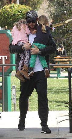 Chris Hemsworth Oh so good