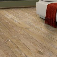 Home decorators collection alder springs oak 12 mm thick x for Mammut laminate flooring