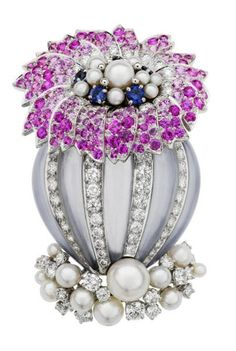 Platinum brooch set with pearls, diamonds and sapphires... Van Cleef & Arples