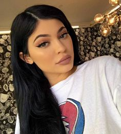 girl, kylie jenner, and makeup image