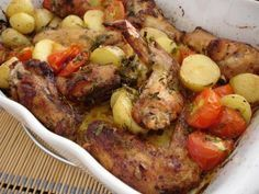 dairy free roast chicken tray bake with tomatoes and potatoes. Potato Tomato Recipe, Potato Recipes, Chicken Recipes, Healthy Eating Tips, Healthy Recipes, Healthy Nutrition, Healthy Food, Easy Bbq Chicken, Roast Chicken