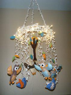 Owl mobile w/ lights Owl Themed Nursery, Elephant Nursery, Nursery Decor, Nursery Ideas, Room Ideas, Owl Mobile, Nursery Neutral, Neutral Nurseries, Wood Wreath