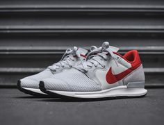 """Nike has recently re-engineered one of its classic silhouettes — the Berwuda Runner, making another appearance, in the form of this clean Pure Platinum"""" colorway. The Nike Air Berwuda is a low-cut running shoe with a breathable mesh toe box and a st"""