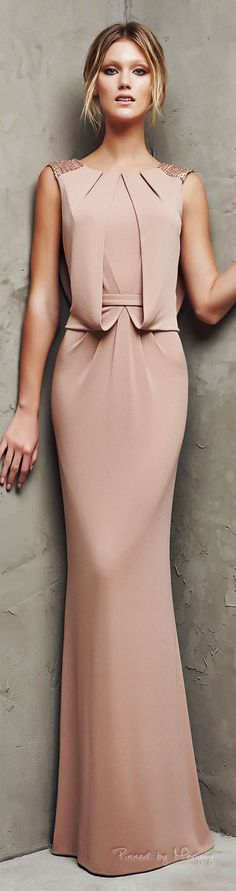 The latest nude and blush evening dresses, lace wedding gowns and sexy prom dresses. Evening Dress Long, Evening Dresses, Elegant Dresses, Pretty Dresses, Stylish Dresses, Stylish Clothes, Style Haute Couture, Bridesmaid Dresses, Prom Dresses