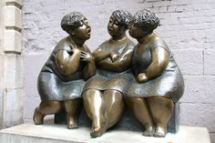 This is a bronze sculpture called Les Chuchoteuses (The Gossipers) by Rose-Aimée Bélangeron on rue Saint-Paul in Old Montreal. Bronze Sculpture, Abstract Sculpture, Sculpture Art, Thomas Crown Affair, Old Montreal, Public Art, Yard Art, Design Crafts, Rue