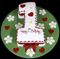 002688 Figure One with Hearts and Daisys Birthday Cake by offline_TiHeo_2009, via Flickr