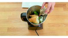 Receta de gazpacho en Cecomix Compact Sprouts, Vegetables, Food, Youtube, Recipes, Food Processor, Homemade, Essen, Vegetable Recipes