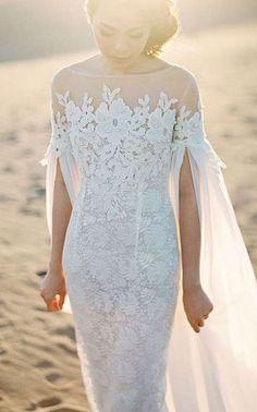 Tendencias de boda 2017: Vestidos de novia con capa [FOTOS] - Vestido de novia con capa desde los brazos