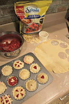 mini cherry pies @splenda Cherry Desserts, Just Desserts, Delicious Desserts, Pie Recipes, Baking Recipes, Dessert Recipes, Mini Cherry Pies, Mini Pies, Cupcakes