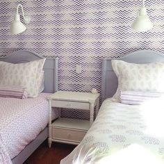Room Background Purple 4