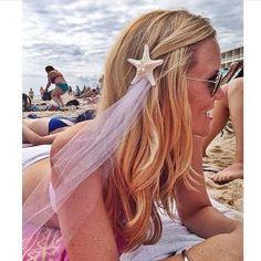 60 beach bachelorette party ideas 42