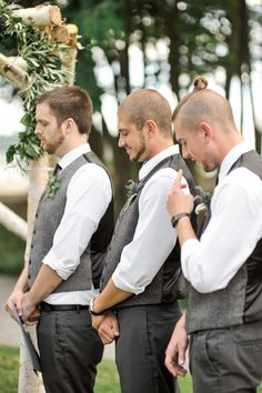 Groomsmen outfits | Grey tweed vests | twine thistle and lavender boutonniere | Photography: Blue Rose Photography - bluerosepictures.com Read More: http://www.stylemepretty.com/2014/07/30/summer-seattle-wedding-at-golden-gardens/